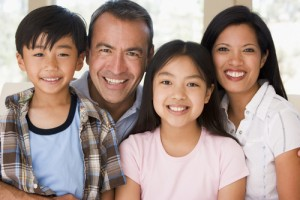 """Thai Date Family 300x200 """"The Top 27 Reasons Why Thai Women Make The Worlds Best Partners!"""" Reason  #7:  Thai Family"""