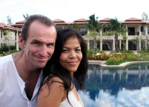 Happy Thai Date (2)